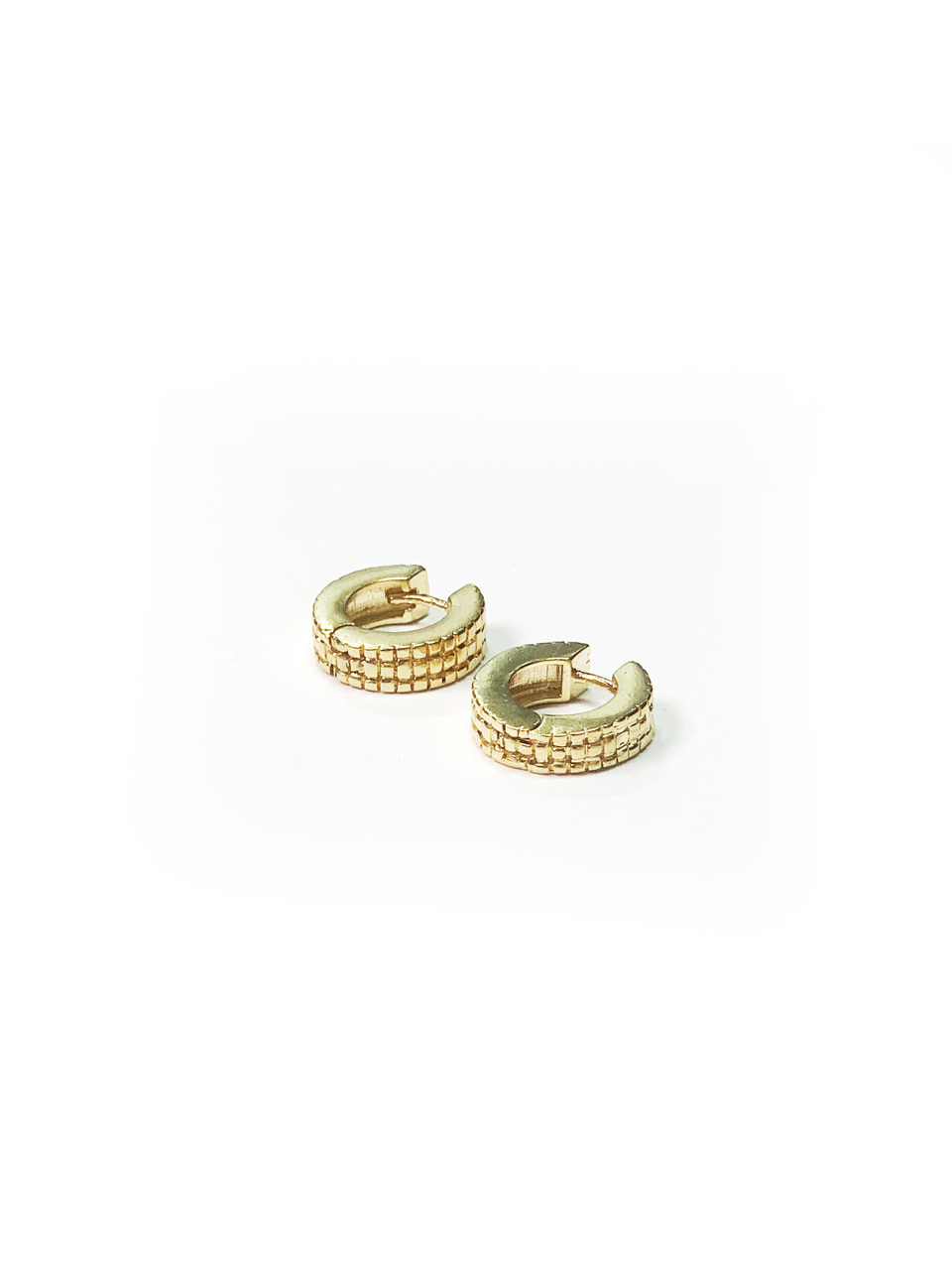 wafer round earring