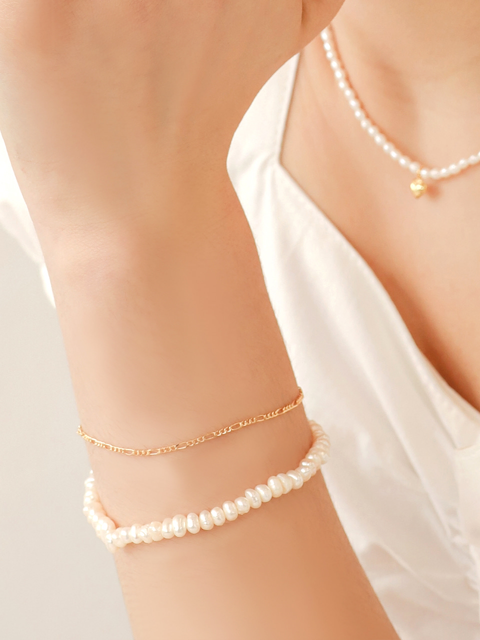 pearl chain layered bracelet