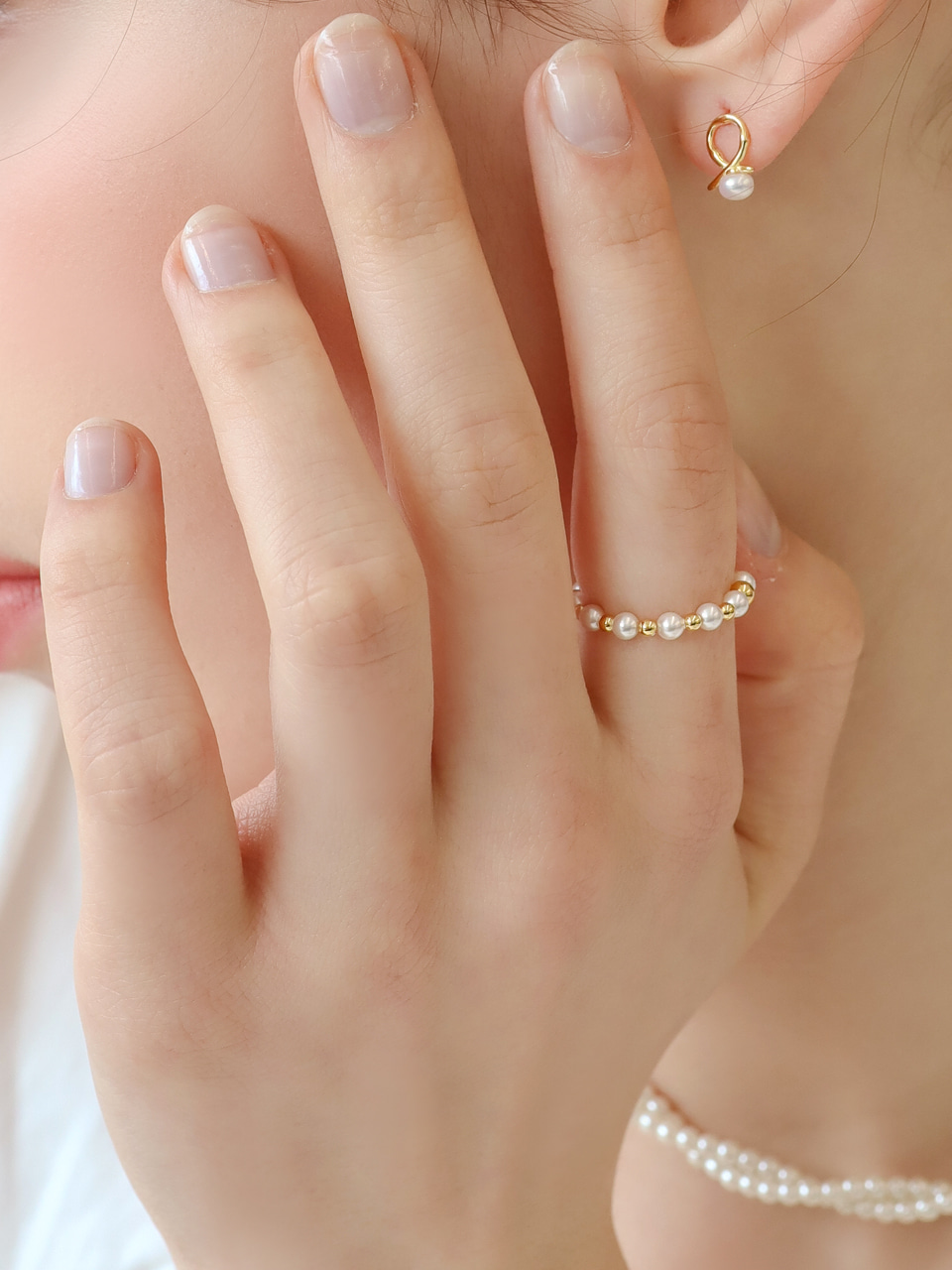 pearl string ring
